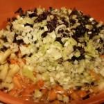 Il mio tentativo di ravioli cinesi jiaozi vegetali 100%   Cuocere il ripieno tagliato a pezzi piccolissimi